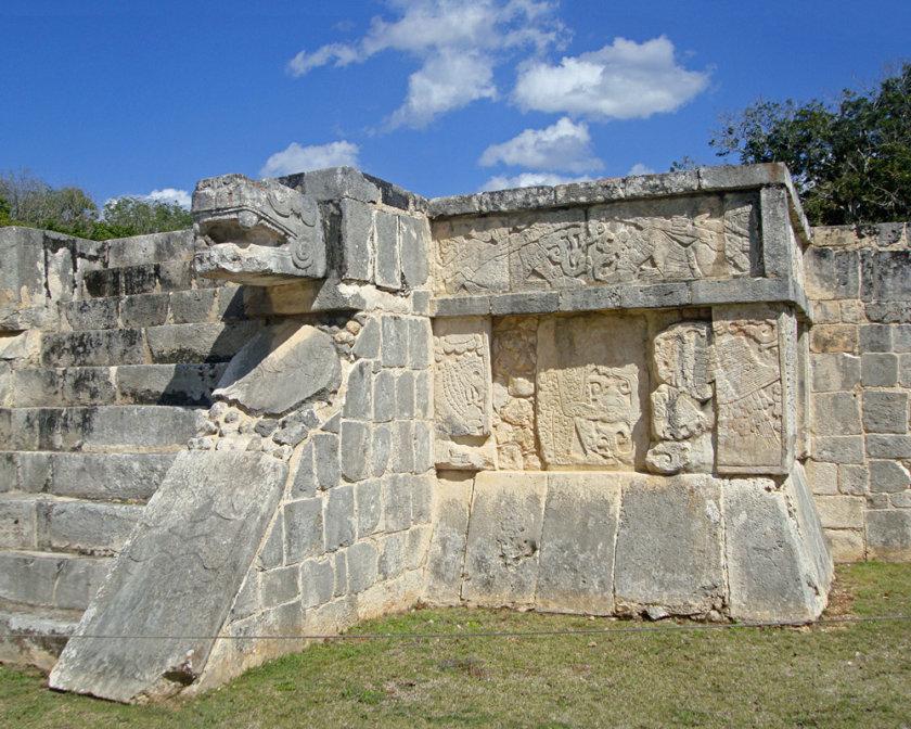 temple-aigles-et-jaguars-chichen-itza